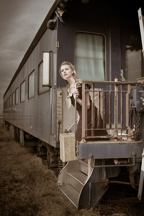 1940's vintage photo shoot in Cape Charles, Virginia