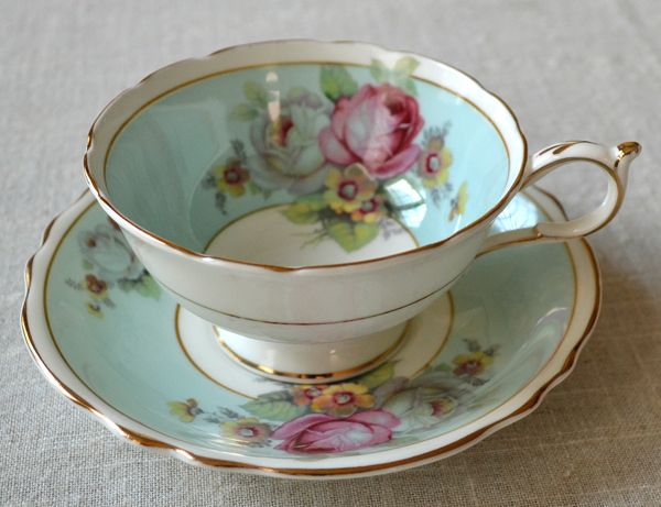 To view and learn about beautiful antique tea cups visit http://artfulaffirmations.blogspot.com/#