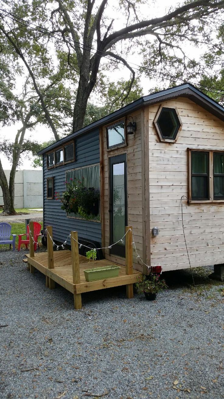 Utterly Charming – Tiny House Swoon
