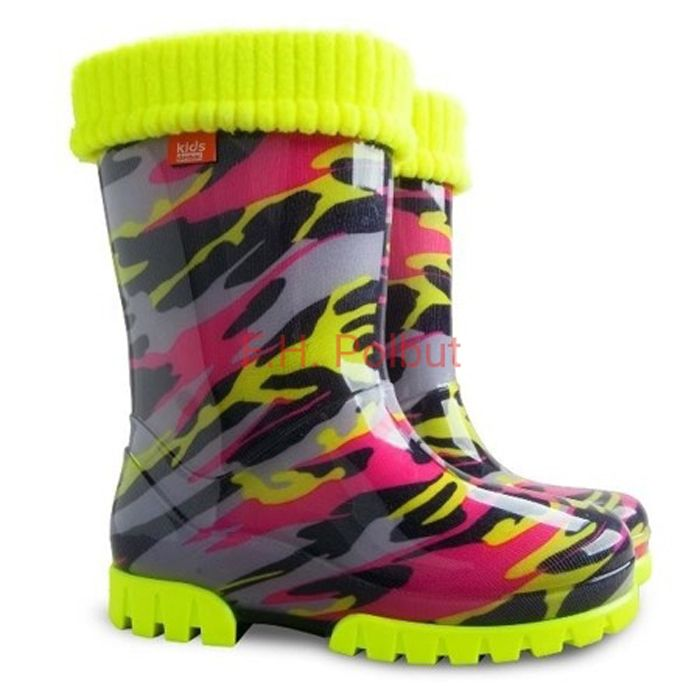 #Super #Fluo #wellies, with #hot #cotton inside !, the best for cold and #rainy weather. Be ready for any seasons.