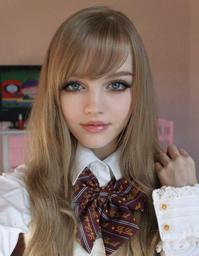 Halloween Horror Story: Girls Turn Into Dolls.