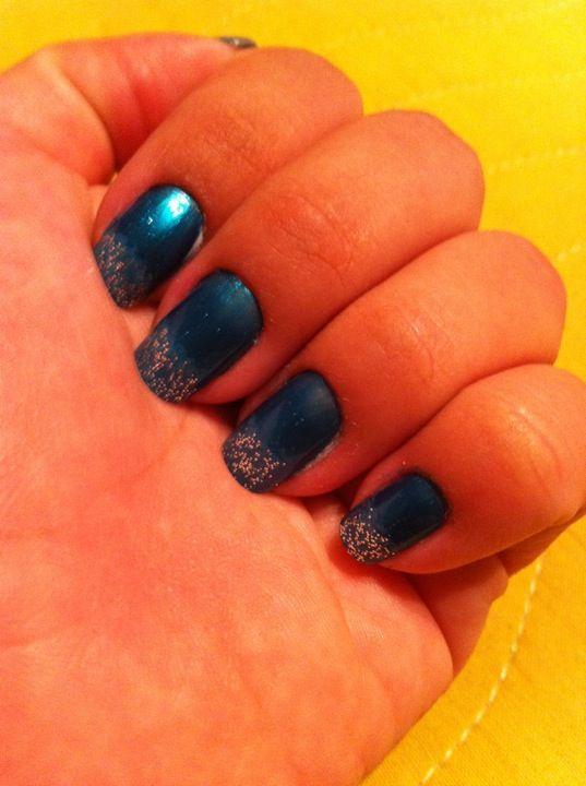 Azul metalico com francesinha gliter