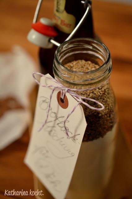 Katharina kocht.   Der zuckerfreie Blog rund ums Essen, Kochen und Genießen.: Brotbackmischung für Leinsamenbrot: Geschenke aus der Küche