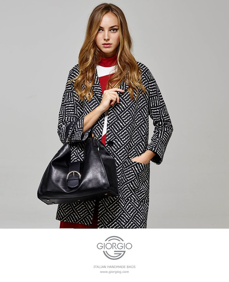 Luxury doubled handled leather handbag featuring the distinctive wide tab that closes the top. A design classic.  #italian #handmade #handbag #style #fashion #trend #woman #2016