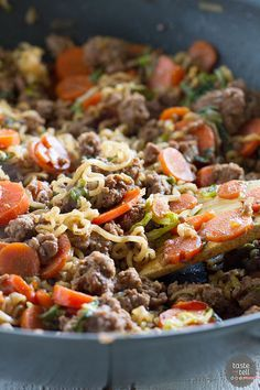 Take ramen to a new level with this easy, family friendly Ramen Vegetable Beef Skillet.: