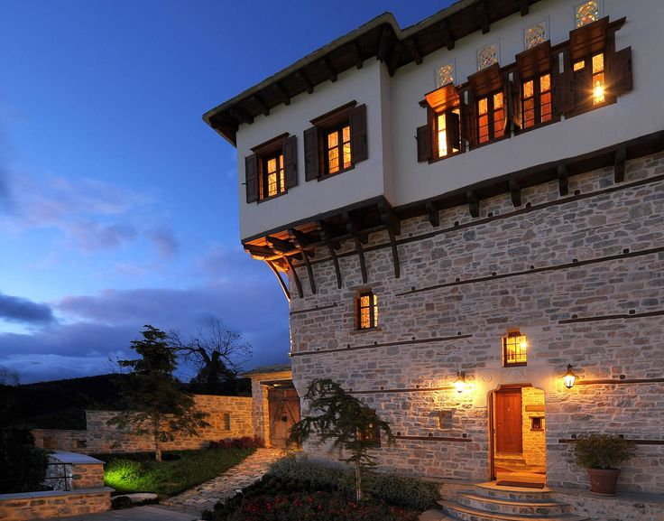 hotel-design-σχεδιασμός-ξενοδοχείου-Pelion-Πήλιο-mansion-αρχοντικό-renovation-αποκατάσταση-sahnisia-σαχνισιά-stone-πέτρινο-φωτισμός-lighting-1.jpg (1600×1256)