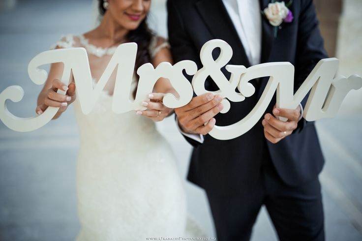 Mrs & MR | Wedding Ideas | More photos on: http://grabazeiphotography.ro/?page=wedding&id=162