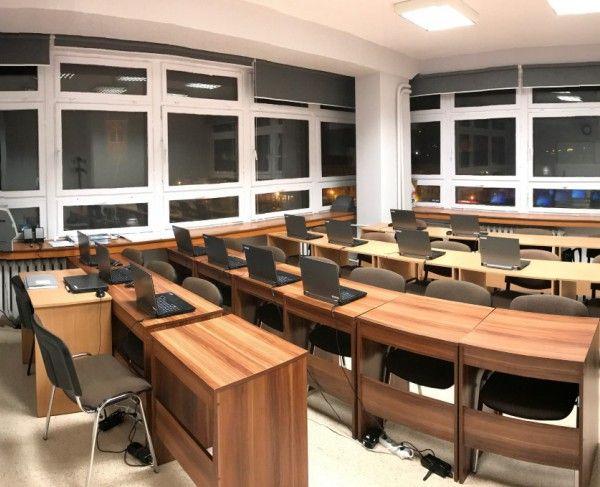 Sala komputerowa w Gdańsku #sale #saleszkoleniowe #salegdansk #salaszkoleniowa #szkolenia #salagdansk #szkoleniowe #sala #szkoleniowa #konferencyjne #konferencyjna #gdańsku #konferencyjna #wynajem #sal #sali #gdansk #szkolenie #konferencja #wynajęcia #salekonferencyjne
