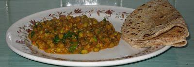 Chachi's Kitchen: Mung / Moong jo shaak / Mung Bean Curry