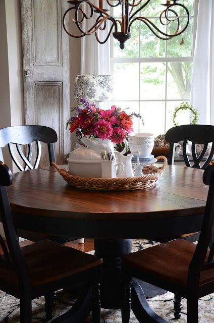 17 best ideas about round kitchen tables on pinterest for Round dining table centerpiece ideas