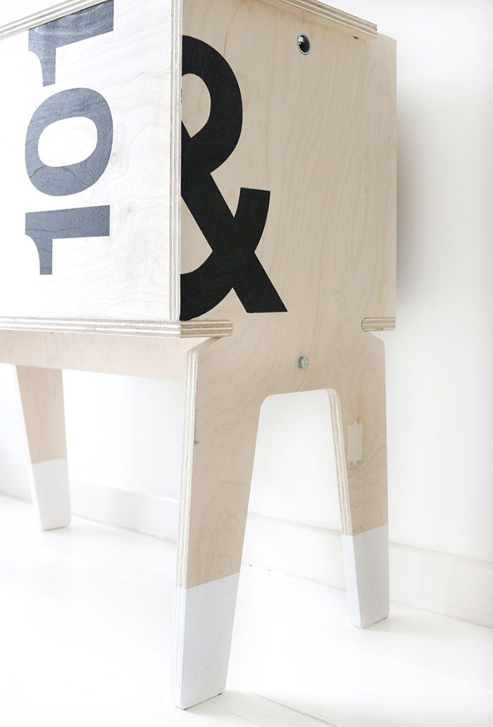 Bloesem Living | My Deer #101karakters #PietHeinEek cabinet. Design, typography, styling & photography © by MyDeer.nl
