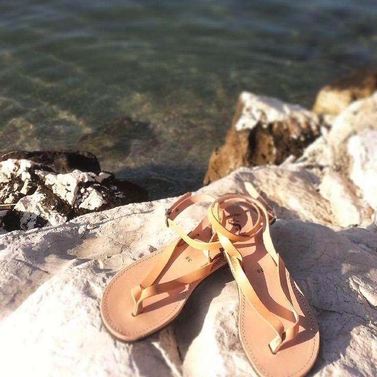 Have a nice week✌ #ippomare #sandals #model #monday #nefeli #nexttopmodel #Greece #Hellas  #handcrafted #handmade #natural #leather #genuine #genuineleather #holiday #vacation #summermood #summerfashion #summer #summeringreece #sea #sun