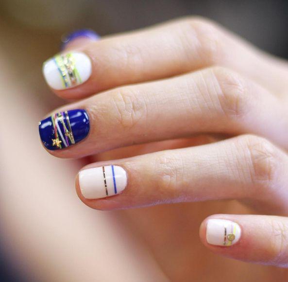 Aprenda a fazer a tendência da nail art inspirada em pulseiras