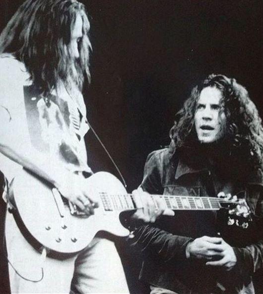Stone Gossard and Eddie Vedder