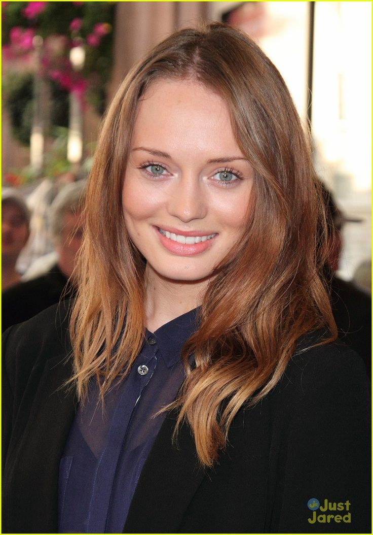 Laura Haddock and Elizabeth Olsen could play cousins maybe even sisters.