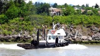 quadrant warrior tugboat - YouTube