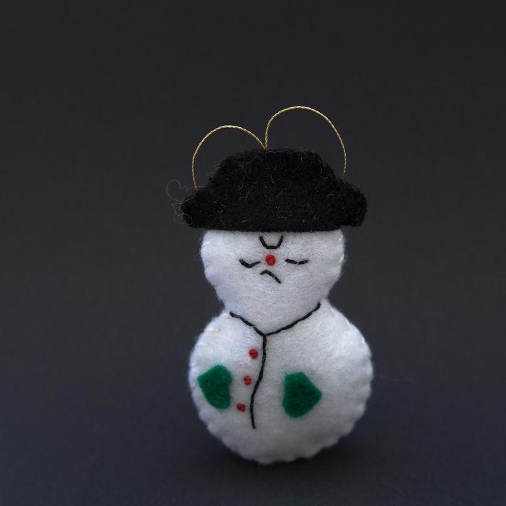 Angry snowman  - snowman, christmas decor, christmas gift, christmas decoration, cute, adorable. by HalloweenOrChristmas on Etsy