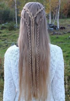 emma stone hairstyle : ... Elf Hair on Pinterest Hair, Viking braids and Two braid hairstyles
