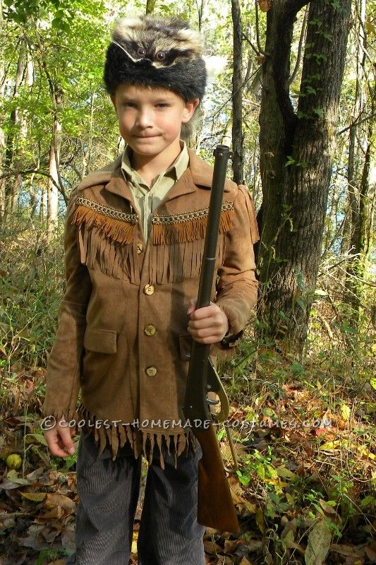 Coolest Davy Crockett or Daniel Boone Costume for a Child