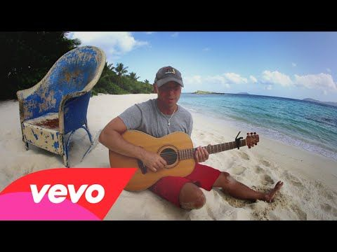 Kenny Chesney - Christmas in Blue Chair Bay A little something to get me into the Christmas swing!