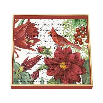 Fleur De Noel Rectangle Decoupage Wooden Tray. A perfect addition to serve your guests. #Christmas #hostess >>Click on the pin to see more Serveware