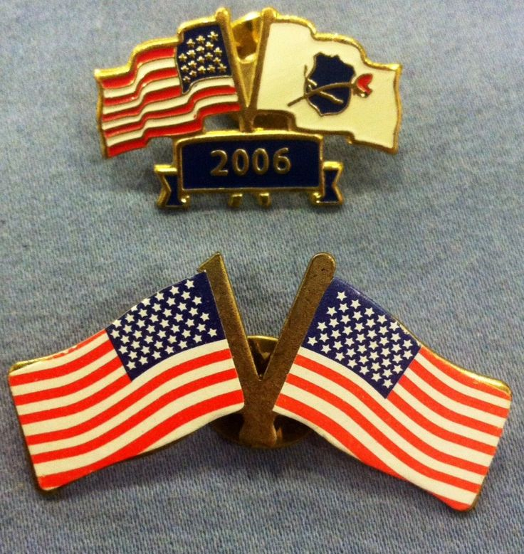 Lot of 2 VINTAGE AMERICAN FLAG Hat or Lapel Pins, 2006 on one, FREE SHIPPING! | Collectibles, Pinbacks, Bobbles, Lunchboxes, Pinbacks | eBay!