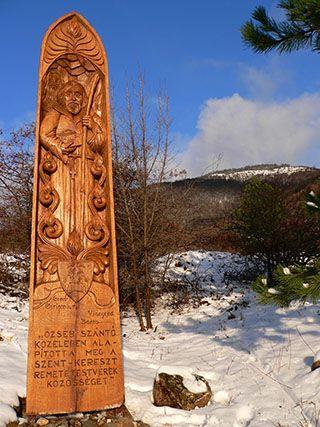 "Wood carving :  ""CSILLAGÖSVÉNY "" -by Özséb Boldog artist  HungarY"