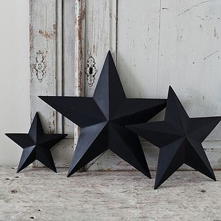black & white christmas decorations by the style files, via Flickr