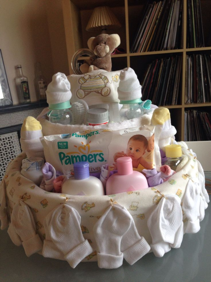 My first nappy cake!! Can't wait to give it to her!