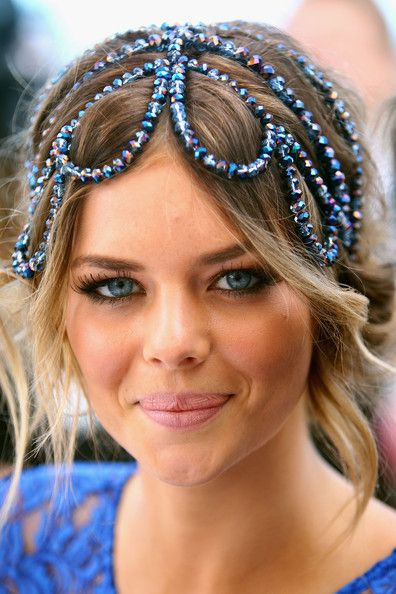 Samara Weaving Photos - Around Emirates Stakes Day - Zimbio