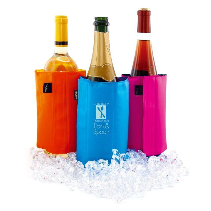 BOLSA ISOTÉRMICA PARA VINO O VINO ESPUMOSO Bolsa refrigerante que mantiene el vino y vino espumoso a la temperatura ideal durante toda la comida.  Se recomienda guardarla en el congelador para poder utilizarla en cualquier momento. Material: Nylon Color: naranja, rosa y azul Medidas: ancho 12,3 cm x altura 18 cm País de origen: Unión Europea Marca: Pulltex  Precio unitario: Desde 6,34€/u  #pulltex #bebidafria #vino #berimport www.berimport.es berimport@berimport.es