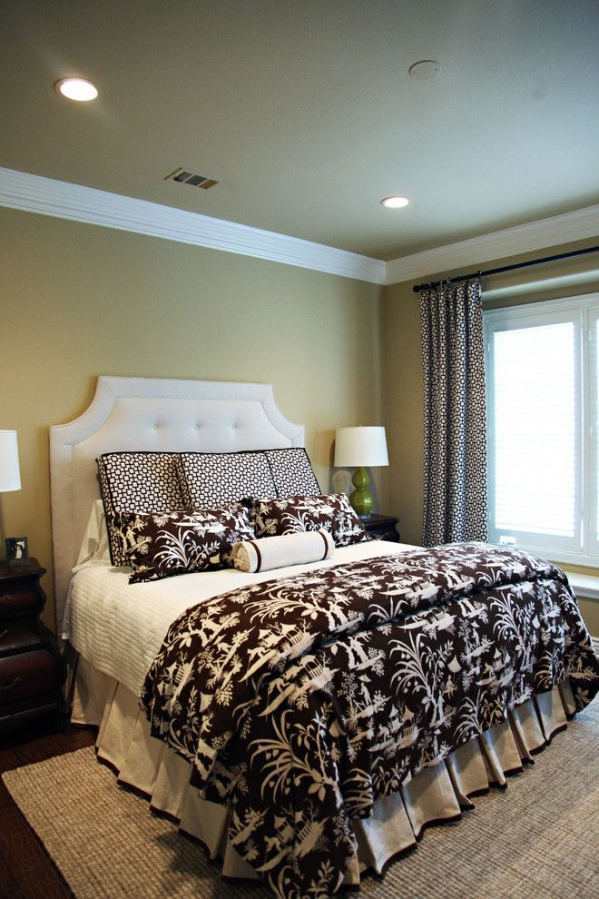 hudson park bedding wooden floor carpet night lamps windows blinds bed sheets ceiling lights transitional style of Cool Beds to Peek at If You're a Fan of Hudson Park Bedding