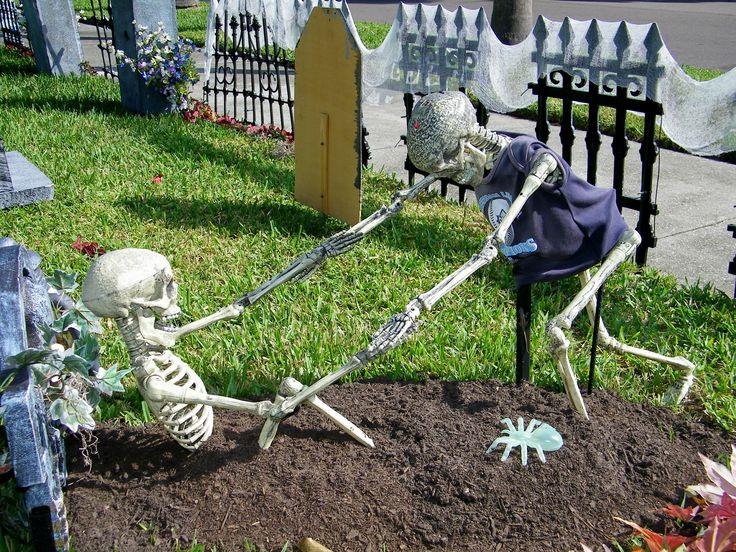 HALLOWEEN DECORATIONS / IDEAS & INSPIRATIONS: Halloween Outdoor Decorations…