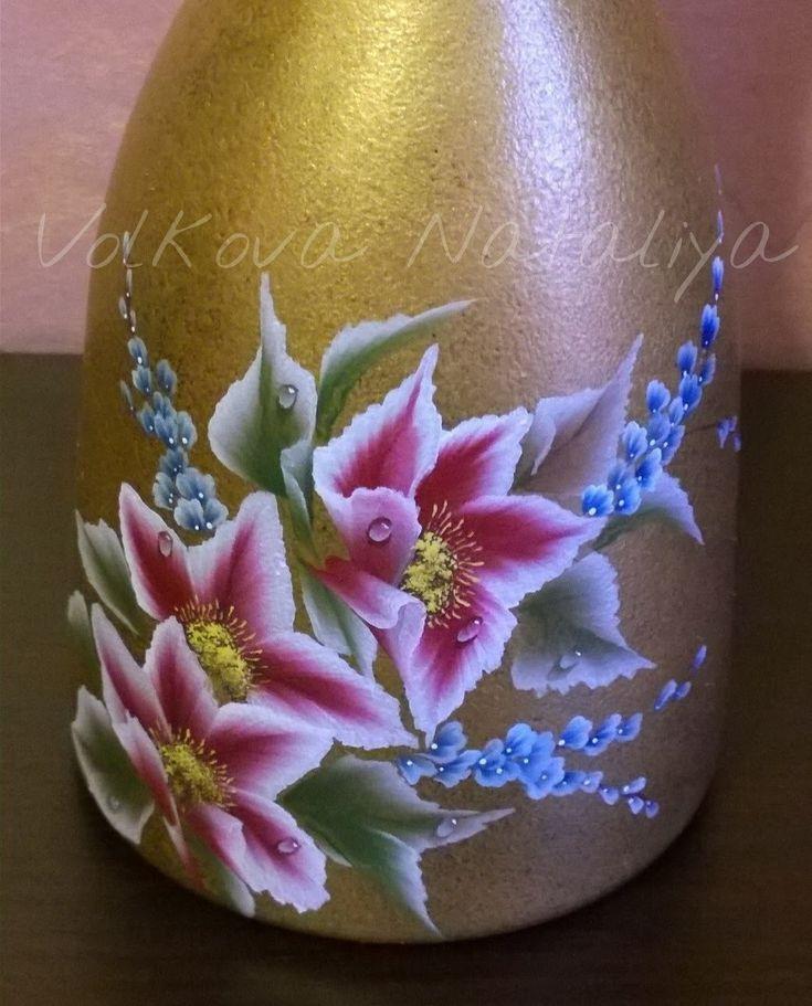 Come dipingere sul vetro con colori acrilici. Bottiglia dipinta. Idea re...