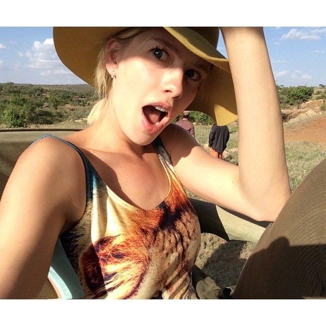 Мисс бикини: 40 лучших Instagram-фото звезд в купальниках   Glamour.ru