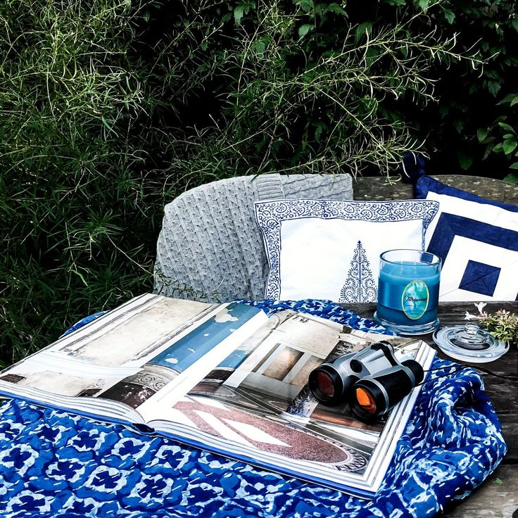 One fine Autumn afternoon enjoying the beauty of nature with my book whilst Gaspard discovers the world of bird watching in the early hours of sunset... amazing watching them fly across the sky. Cable Knit throw, Kantha throw and cushion by Melange Chic. https://www.melangechic.com.au/ Turqouise candle by Victoria White Designs http://www.victoriawhitedesigns.com.au/ Tassle Striped cushion by Decorators Corner  https://decoratorscorner.com.au/