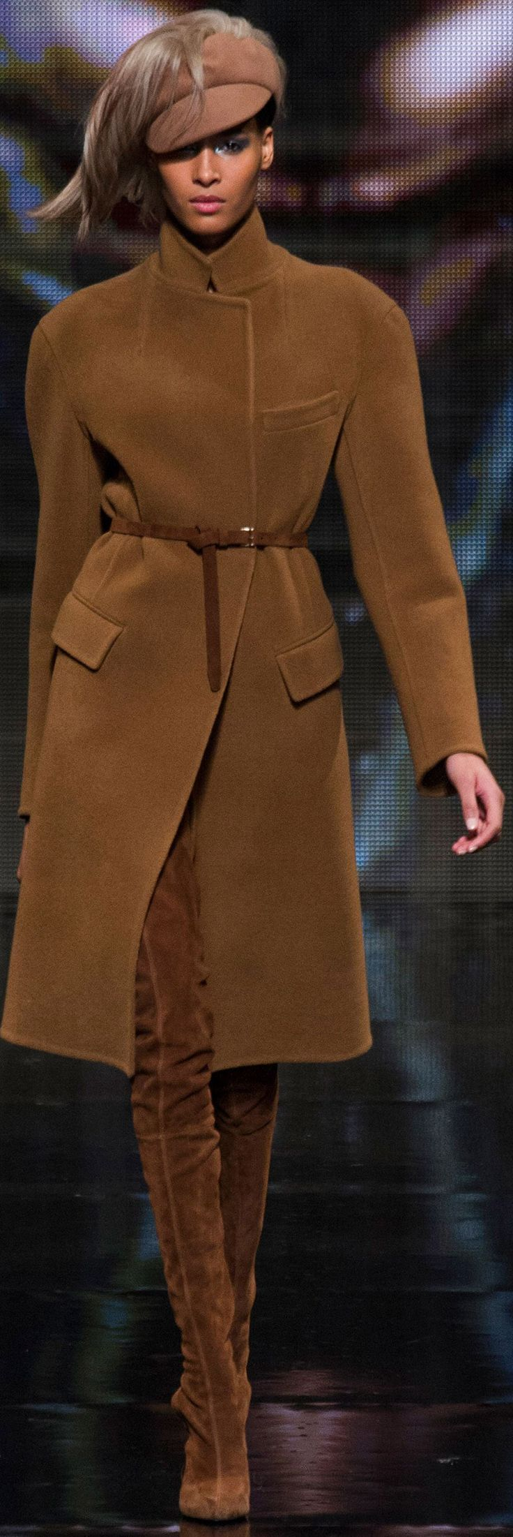 Executive suit: Boss lady: Donna Karan Autumn Fall / Winter
