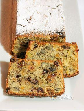 Žiadne Vianoce ani na Veľkú noc u nás nesmie chýbať biskupský chlebíček. Je to jeden z najobľúbenejších tradičných koláčov, plný orieškov a sušeného ovocia.