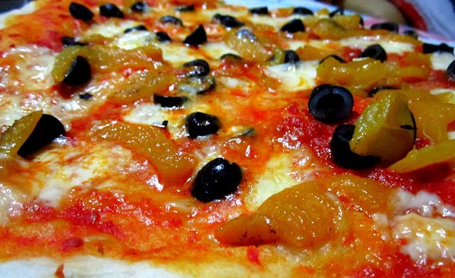 Facili Idee: PIZZA PASTELLA AI PEPERONI