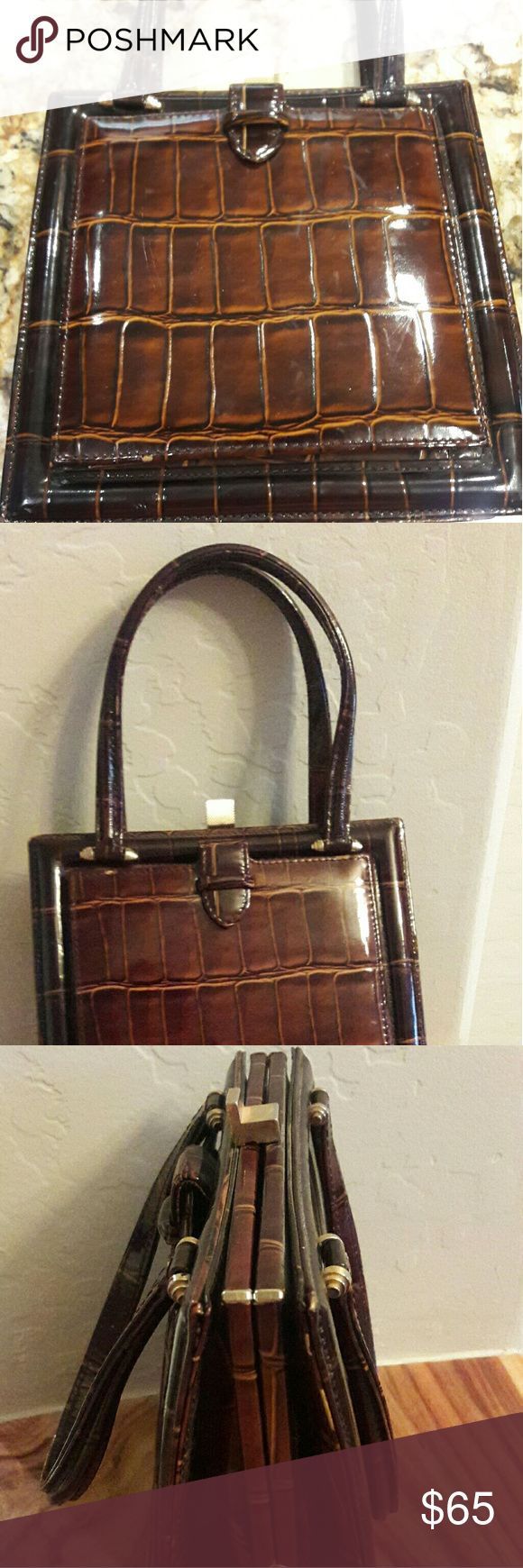 Vintage Alligator purse w/ matching coin purse Absolutely beautiful.  Excellent condition.  Bag is unlined so you can see tbe pores in the skin. Rare matching set. Reasonable Offers Considered. unbranded  Bags