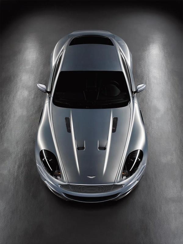 Aston Martin DBS carros