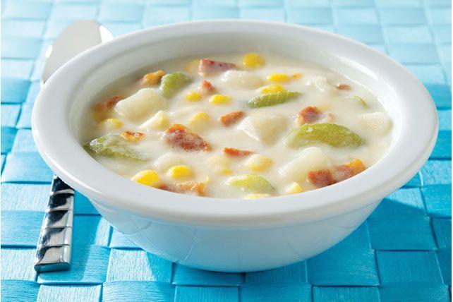 La sauce MIRACLE WHIP donne toute sa saveur à cette soupe crémeuse.