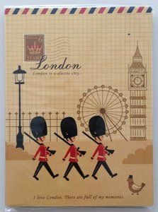 Sticky Notes - London England - Guard  - available at www.stationeryheaven.nl