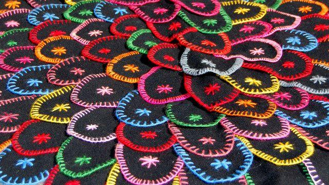 Klackmatta eller Lappmatta | how to make a klackmatta (patchwork carpet with loose patches)