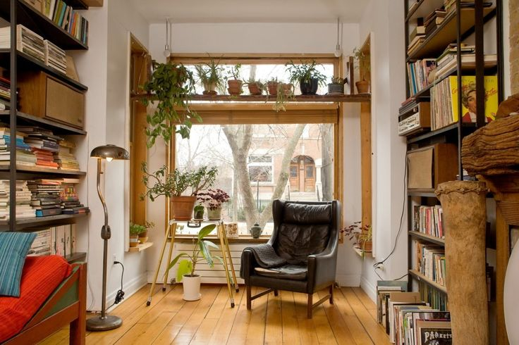House Tour: Dan's Apartment of Artful Assemblages | Apartment Therapy
