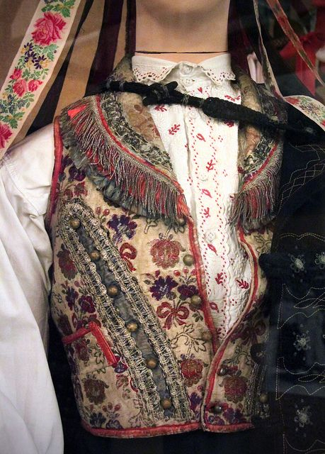 Detail - Young man's costume, Kapuvár, sopron county, early 20th century by Kotomicreations, via Flickr