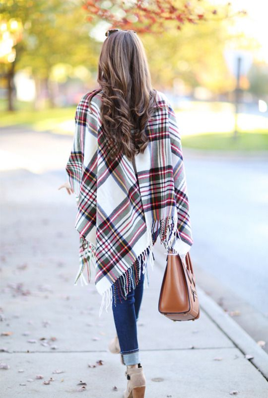 I love everything about this look, but especially that scarf/wrap/poncho hybrid!