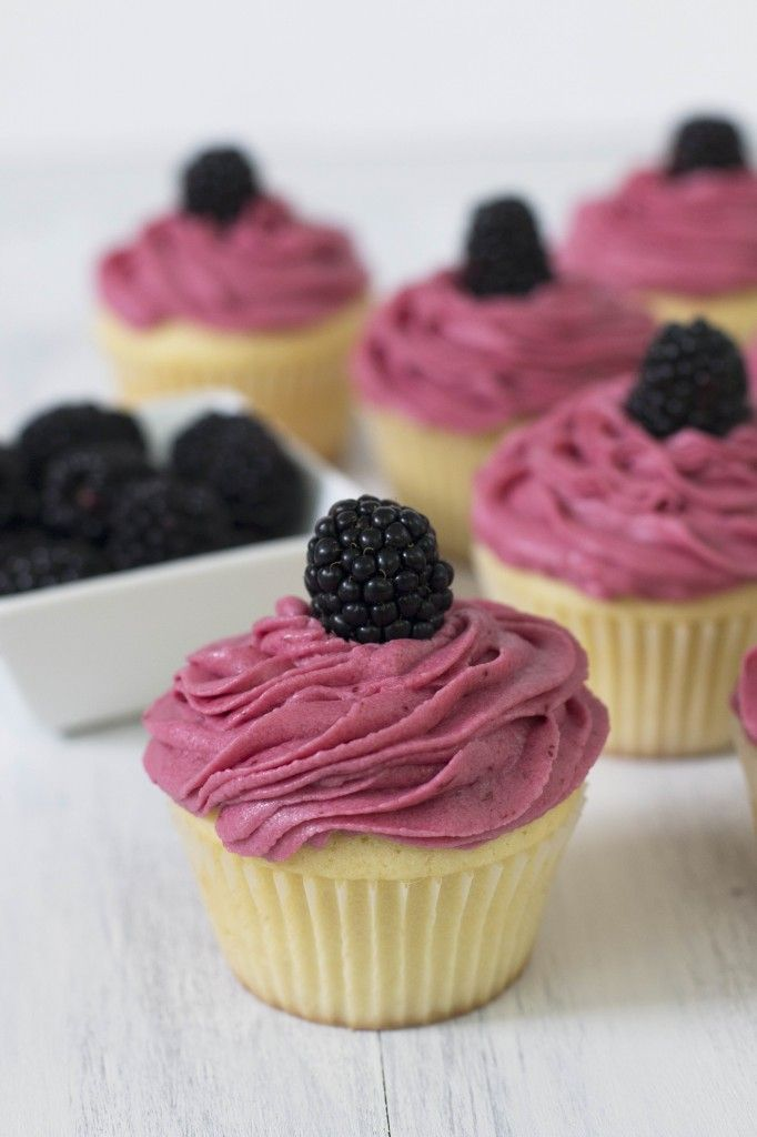 how to make lemon buttercream icing for cupcakes