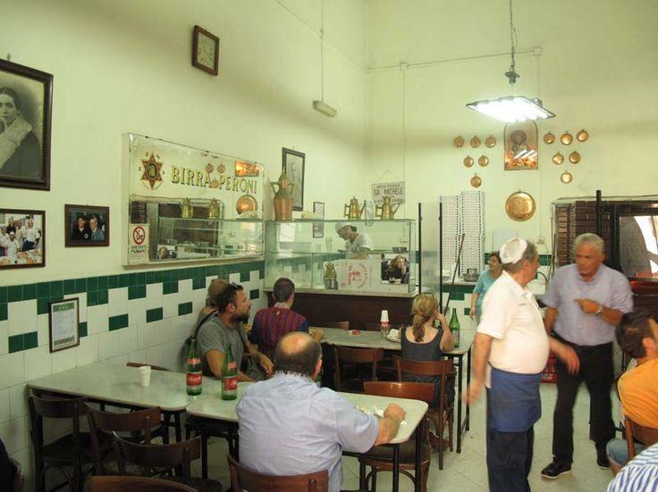 Pizzeria da Michele ai Tribunali - Napoli - Italy