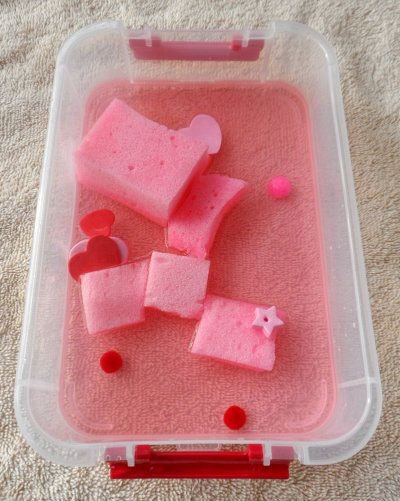 Easy Activity for Preschoolers: Valentine's Water and Sponge Play